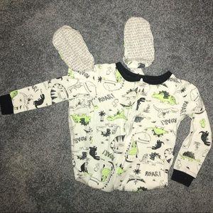 Carter's dinosaur footed pajama•  3T